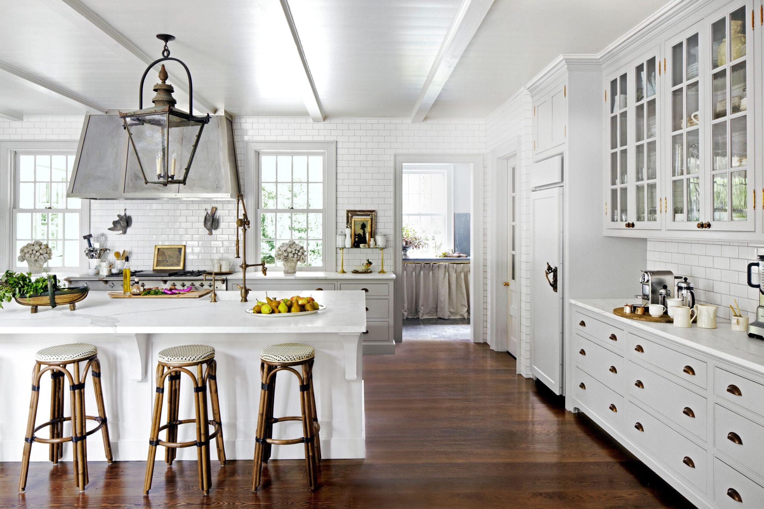 Desain Dapur Interior Putih - Thegorbalsla