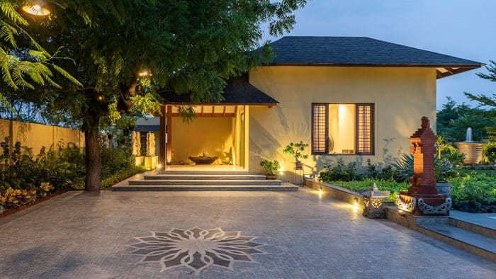 Desain Rumah Modern Unsur Bali