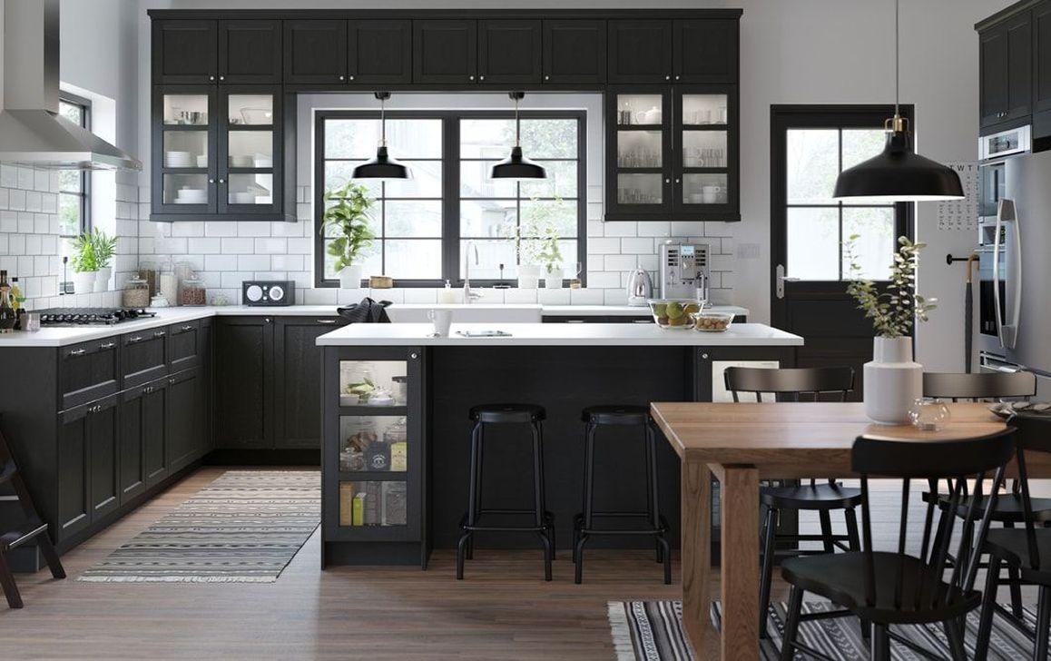 Desain kitchen island monokrom - Thegorbalsla