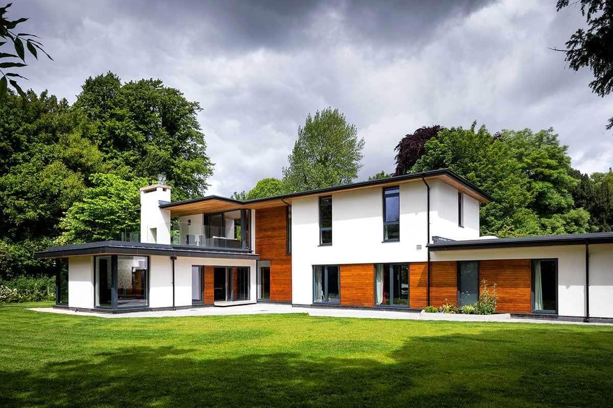 Desain Rumah 2 Lantai Dengan Taman Luas Thegorbalsla