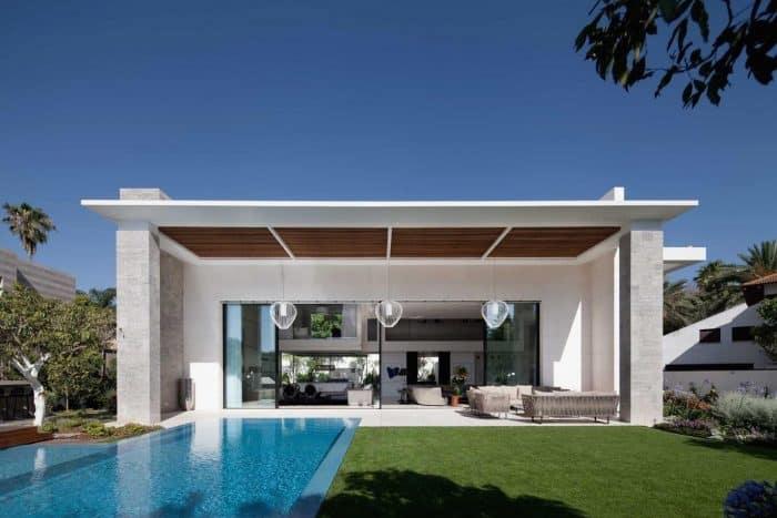 Mono Modern Cube House