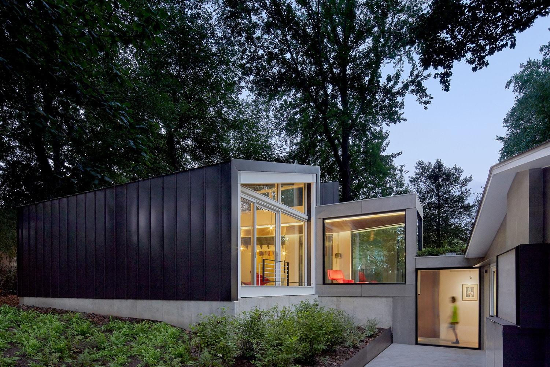 Rumah 2 Lantai Minimalis Modern 2020 Thegorbalsla