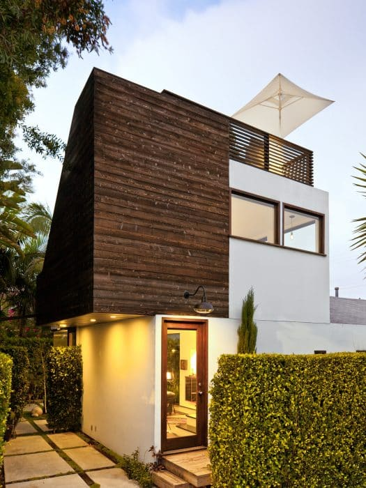 Rumah Bali Modern Mini