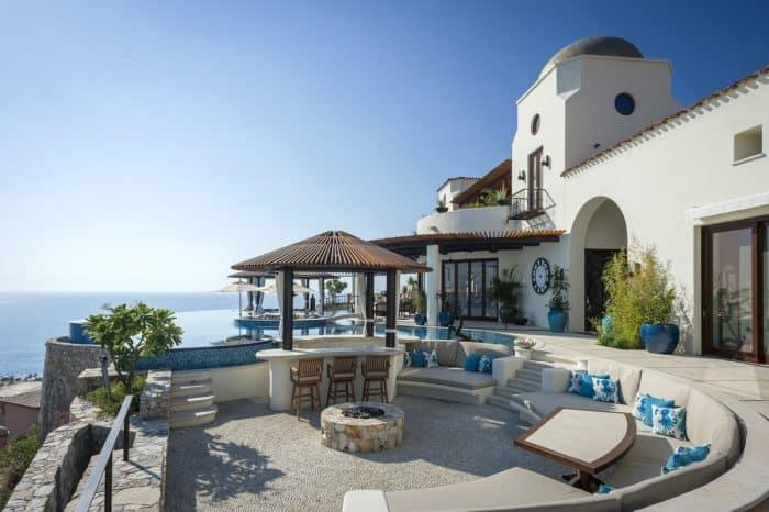 Rumah Ditepi Pantai