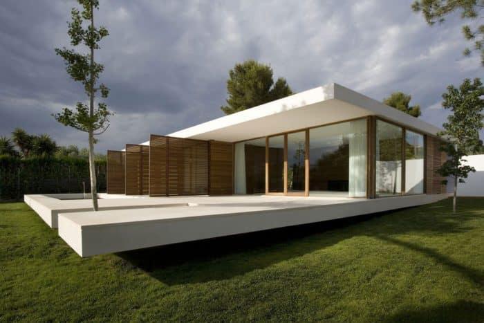 Rumah Kaca Melayang