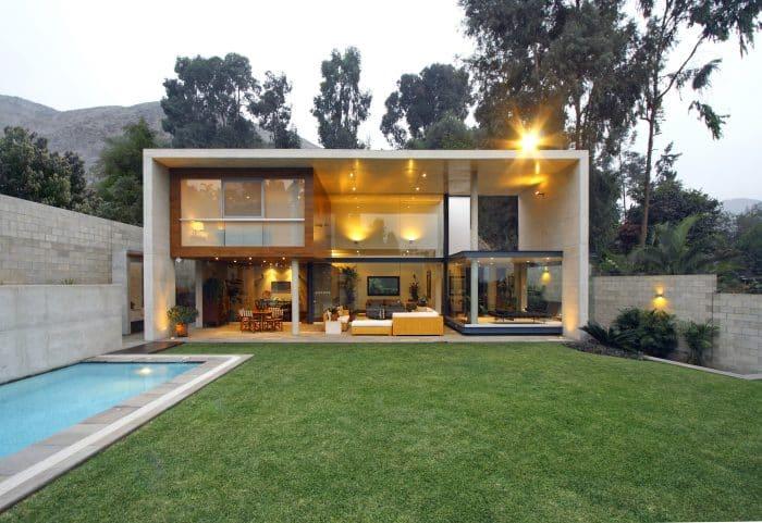 Rumah Mewah Dengan Ukuran Ruang yang Seragam