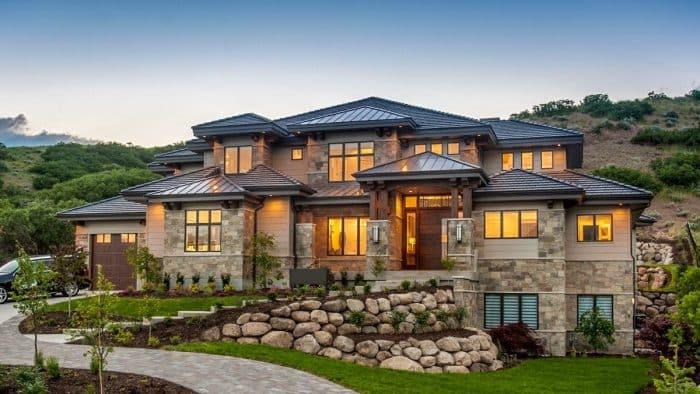 Rumah Mewah Gaya Pegunungan Batu