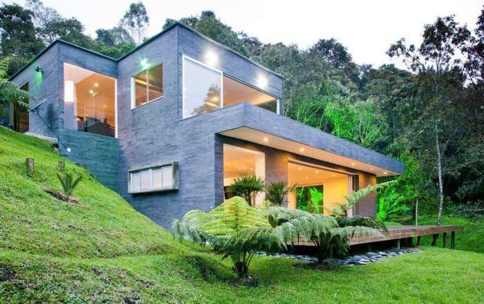 Rumah Mewah Modern Di Samping Bukit
