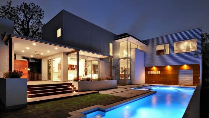 Rumah Mewah Modern dengan Atap Datar