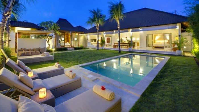 Rumah Mewah dengan Area Spa
