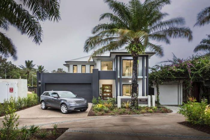 Rumah Modern Dua Lantai