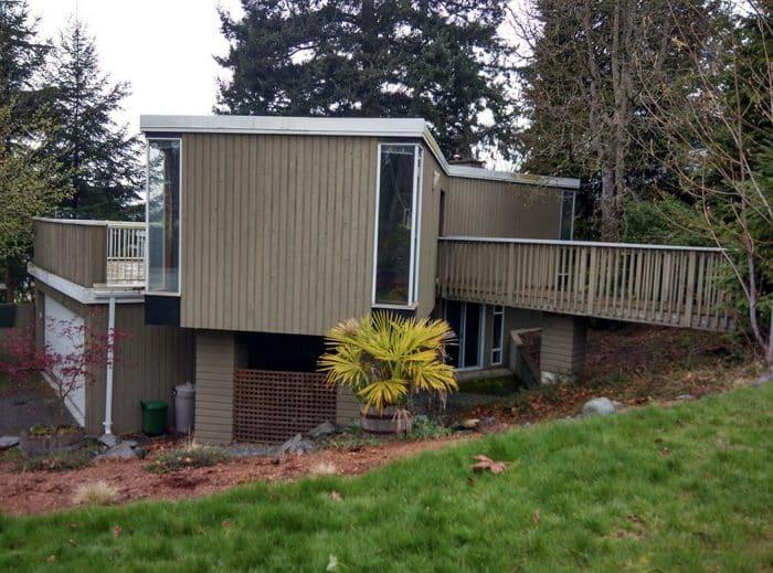 Rumah Modern untuk Tanah Berundak