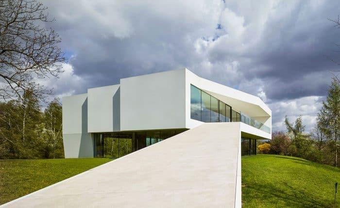 Rumah Solid Minimalis Geometris Hemat Energi