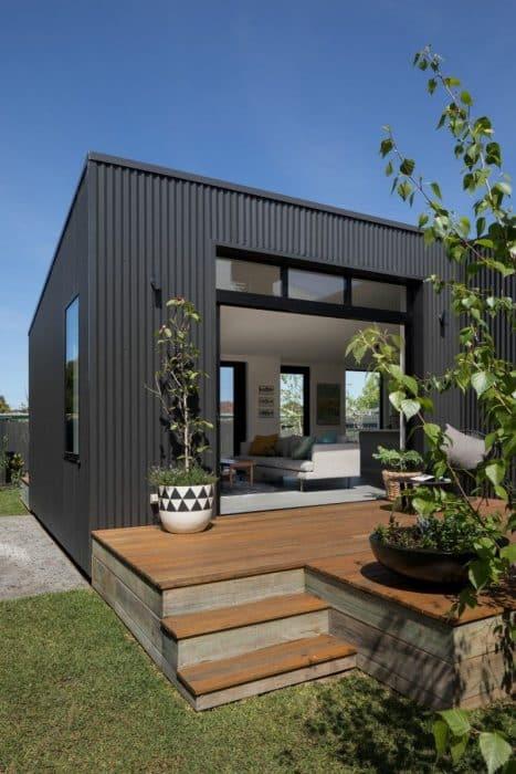 Rumah dengan desain kotak modern
