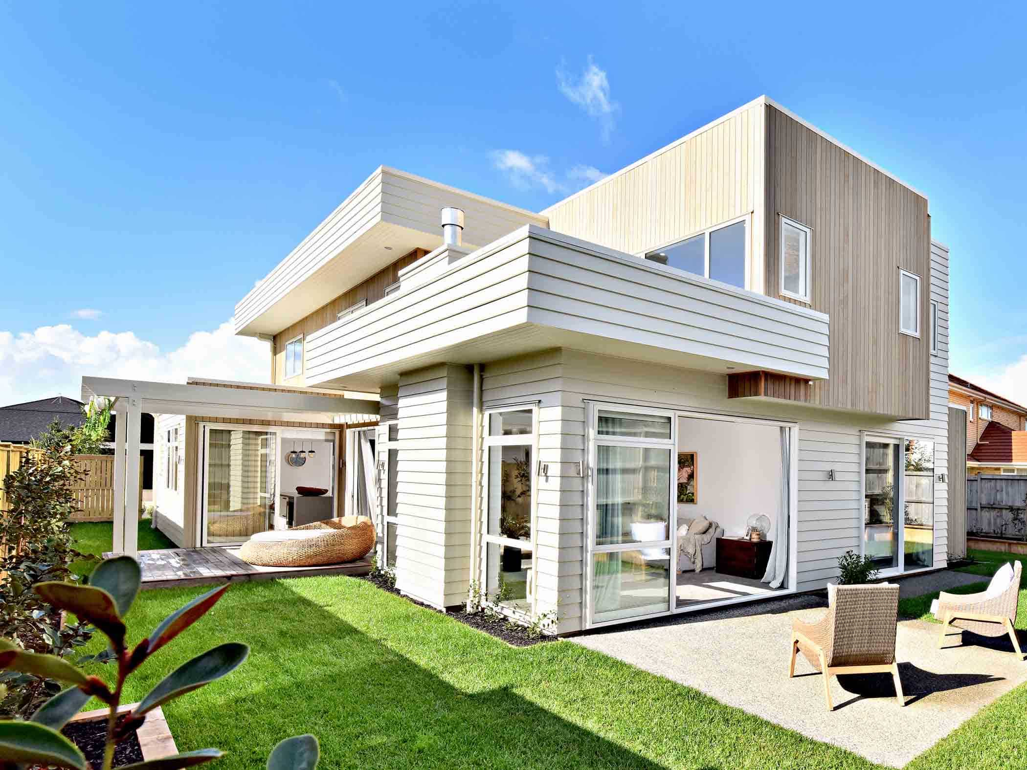 Rumah Modern Minimalis 2 Lantai Bergaya Eropa Thegorbalsla