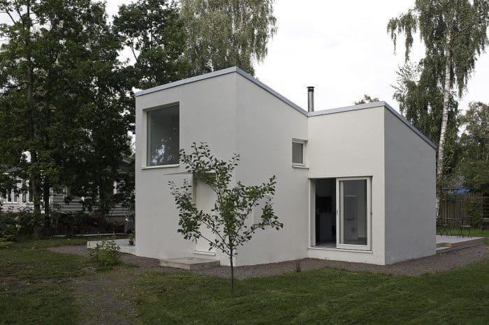 Sederhana dan Minim Arsitektur
