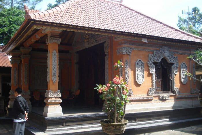 Variasi Rumah Bali